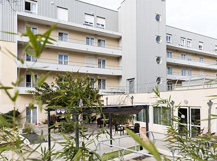 Etablissement d'Hébergement pour Personnes Agées Dépendantes - 13012 - Marseille 12 - Dolcéa EHPAD Résidence Saint Barnabé