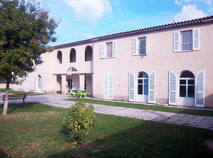 Maison d'Accueil Spécialisée - 13210 - Saint-Rémy-de-Provence - Maison d'Accueil Spécialisée Les Iris