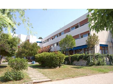 Centre de Soins de Suite - Réadaptation - 13510 - Éguilles - Clinique Provence Azur