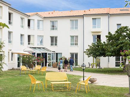 Etablissement d'Hébergement pour Personnes Agées Dépendantes - 17110 - Saint-Georges-de-Didonne - Korian Les Parasols