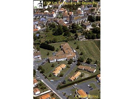Etablissement d'Hébergement pour Personnes Agées Dépendantes - 17600 - Corme-Royal - Le Domaine du Grand Pré EHPAD