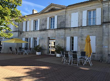 Etablissement d'Hébergement pour Personnes Agées Dépendantes - 17250 - Trizay - Colisée - Les Jardins des Tilleuls