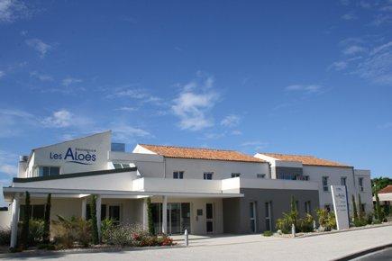 Etablissement d'Hébergement pour Personnes Agées Dépendantes - 17200 - Saint-Sulpice-de-Royan - EHPAD Résidence Les Aloès