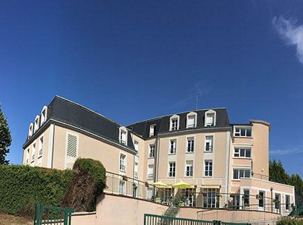 Etablissement d'Hébergement pour Personnes Agées Dépendantes - 18000 - Bourges - EHPAD - Maison de Retraite et de Repos Résidence du Val d'Auron