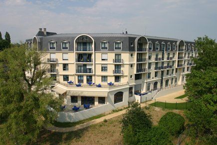Etablissement d'Hébergement pour Personnes Agées Dépendantes - 18000 - Bourges - EHPAD Résidence Clos des Bénédictins