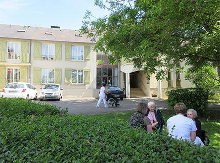 Etablissement d'Hébergement pour Personnes Agées Dépendantes - 18140 - Précy - EHPAD Le Blaudy