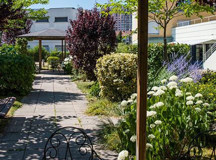 Etablissement d'Hébergement pour Personnes Agées Dépendantes - 21000 - Dijon - Korian Les Grands Crus
