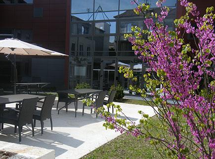 Etablissement d'Hébergement pour Personnes Agées Dépendantes - 24320 - La Tour-Blanche - EHPAD Fondation Partage et Vie - Résidence Sainte-Marthe