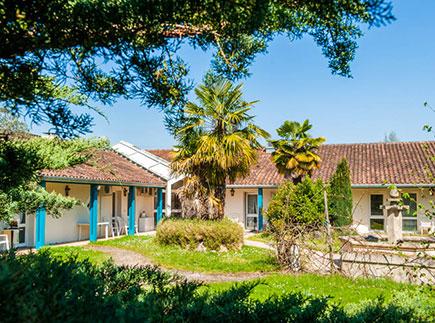 Etablissement d'Hébergement pour Personnes Agées Dépendantes - 24430 - Razac-sur-l'Isle - La Feuilleraie