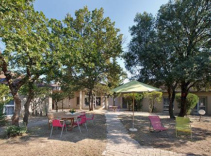 Etablissement d'Hébergement pour Personnes Agées Dépendantes - 26790 - La Baume-de-Transit - Colisée - Résidence de la Tour