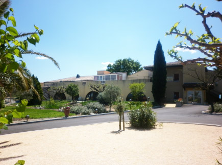 Etablissement d'Hébergement pour Personnes Agées Dépendantes - 30350 - Lédignan - EHPAD Mas des Oliviers, Fondation Rollin