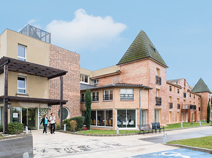 Etablissement d'Hébergement pour Personnes Agées Dépendantes - 31130 - Pin-Balma - Korian La Seillonne