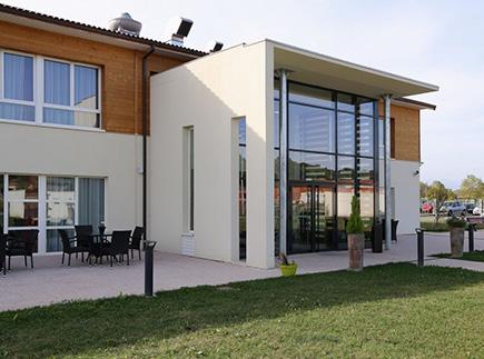 Etablissement d'Hébergement pour Personnes Agées Dépendantes - 31800 - Villeneuve-de-Rivière - EHPAD Résidence Arthéna