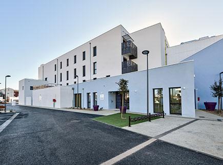Etablissement d'Hébergement pour Personnes Agées Dépendantes - 33500 - Libourne - Colisée - Résidence Les Dagueys