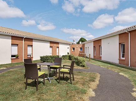 Etablissement d'Hébergement pour Personnes Agées Dépendantes - 33580 - Monségur - Colisée - Résidence Les Jardins d'Eléonore