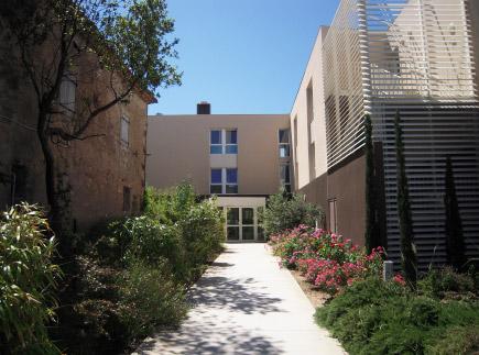 Etablissement d'Hébergement pour Personnes Agées Dépendantes - 34410 - Sauvian - EHPAD Maison de Retraite Le Manoir