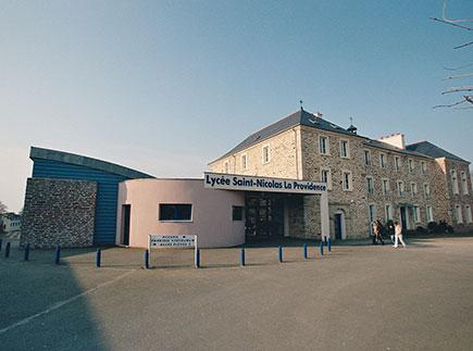 Formations Sanitaires et Sociales - 35360 - Montauban-de-Bretagne - Lycée Saint Nicolas La Providence