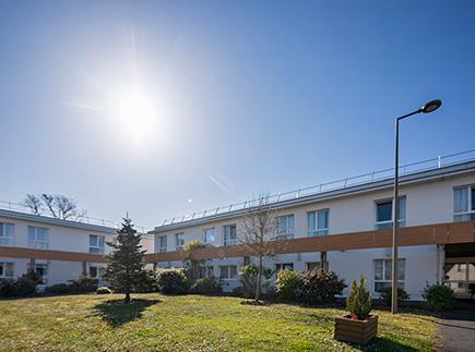 Etablissement d'Hébergement pour Personnes Agées Dépendantes - 37270 - Montlouis-sur-Loire - La Villa Éléonore LNA Santé
