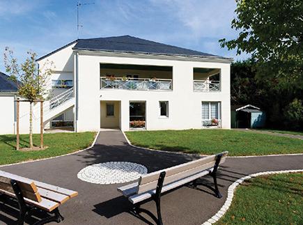 Résidences avec Services - 37540 - Saint-Cyr-sur-Loire - Korian Maison Blanche