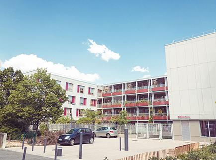 Etablissement d'Hébergement pour Personnes Agées Dépendantes - 38000 - Grenoble - EHPAD Bévière