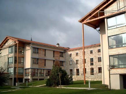 Etablissement d'Hébergement pour Personnes Agées Dépendantes - 42660 - Jonzieux - EHPAD Au Fil de Soie