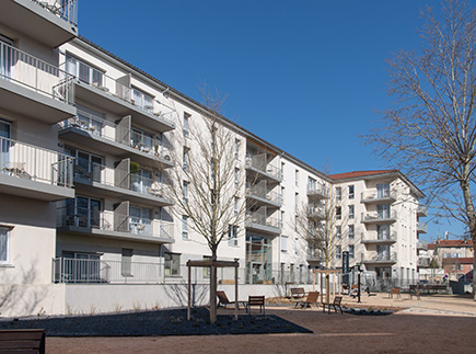 Résidences avec Services - 43000 - Le Puy-en-Velay - Domitys La Sardonne - Résidence avec Services