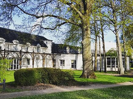 Centre de Soins de Suite - Réadaptation - 45404 - Fleury-les-Aubrais - Maison de Convalescence du Domaine de Longuève