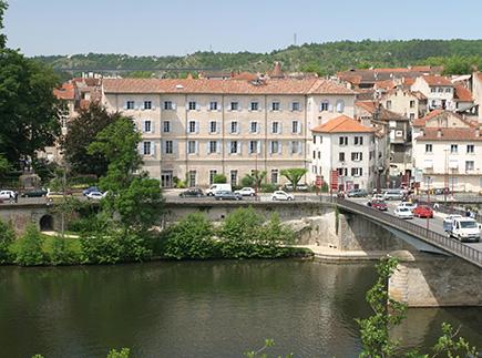 Etablissement d'Hébergement pour Personnes Agées Dépendantes - 46000 - Cahors - EHPAD Résidence Les Rives de Cabessut