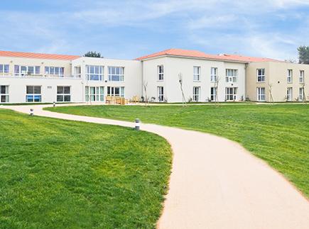 Etablissement d'Hébergement pour Personnes Agées Dépendantes - 47360 - Prayssas - Korian Le Hameau