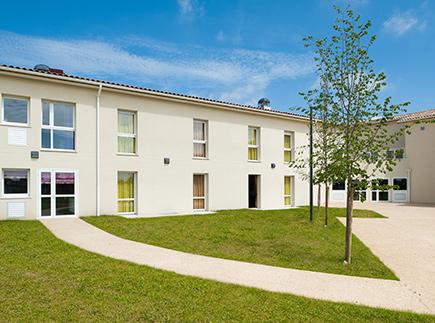 Etablissement d'Hébergement pour Personnes Agées Dépendantes - 47180 - Sainte-Bazeille - Korian Fontaine Bazeille