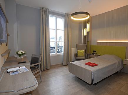 Etablissement d'Hébergement pour Personnes Agées Dépendantes - 49100 - Angers - Le Cercle des Ainés Angers - LE CHATEAU