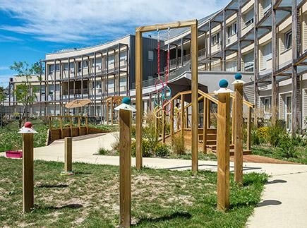 Etablissement d'Hébergement pour Personnes Agées Dépendantes - 49400 - Bagneux - Emera EHPAD Résidence Retraite Sainte-Anne