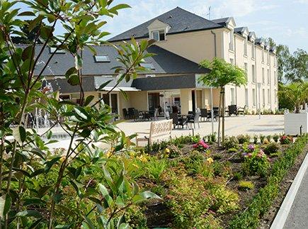 Etablissement d'Hébergement pour Personnes Agées Dépendantes - 49080 - Bouchemaine - Emera EHPAD Résidence Retraite Lac de Maine