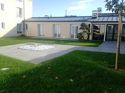 Etablissement d'Hébergement pour Personnes Agées Dépendantes - 49124 - Saint-Barthélemy-d'Anjou - EHPAD Résidence Bon Air