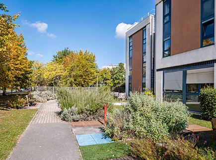 Etablissement d'Hébergement pour Personnes Agées Dépendantes - 51100 - Reims - Korian Villa des Rèmes