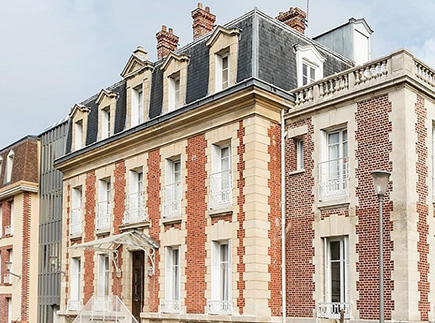 Etablissement d'Hébergement pour Personnes Agées Dépendantes - 60128 - Plailly - Colisée - Résidence Le Cèdre