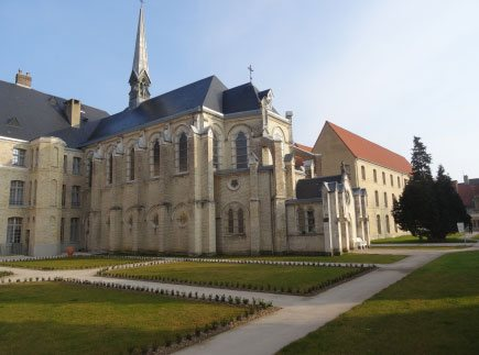 Etablissement d'Hébergement pour Personnes Agées Dépendantes - 62500 - Saint-Omer - EHPAD Résidence Saint-Jean
