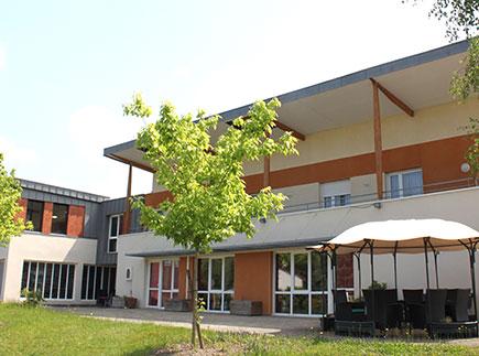 Etablissement d'Hébergement pour Personnes Agées Dépendantes - 63190 - Lezoux - EHPAD Maison Saint-Joseph