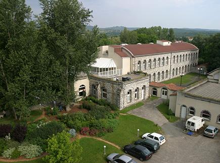 Etablissement d'Hébergement pour Personnes Agées Dépendantes - 63200 - Mozac - EHPAD Résidence L'Ambène
