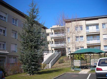 Etablissement d'Hébergement pour Personnes Agées Dépendantes - 63430 - Pont-du-Château - EHPAD Le Cèdre