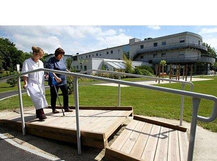 Centre de Soins de Suite - Réadaptation - 64000 - Pau - Clinique de Soins de Suite et de Réadaptation Les Jeunes Chênes - Clinea