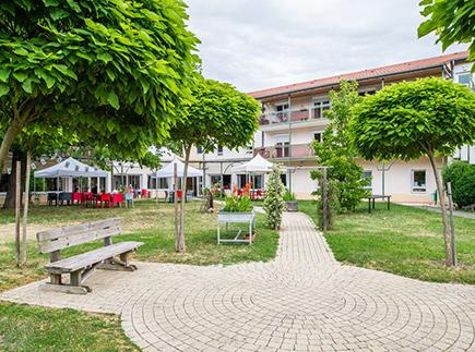 Etablissement d'Hébergement pour Personnes Agées Dépendantes - 69290 - Grézieu-la-Varenne - Korian Jardins d'Hestia