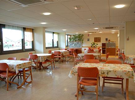 Etablissement d'Hébergement pour Personnes Agées Dépendantes - 69400 - Villefranche-sur-Saône - EHPAD Montaigu (Groupe ACPPA)