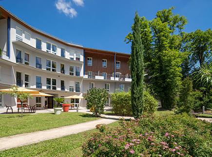 Etablissement d'Hébergement pour Personnes Agées Dépendantes - 69600 - Oullins - EHPAD Korian Claude Bernard