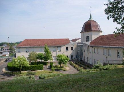 Etablissement d'Hébergement pour Personnes Agées Dépendantes - 70100 - Gray - EHPAD Hôtel Dieu