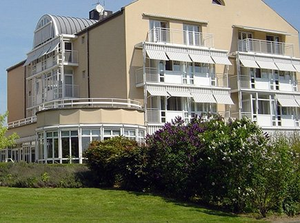 Etablissement d'Hébergement pour Personnes Agées Dépendantes - 71190 - Étang-sur-Arroux - Maison de Famille de Bourgogne - EHPAD