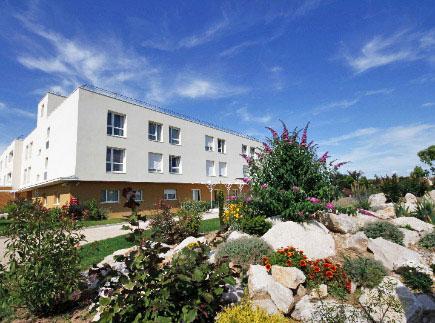 Etablissement d'Hébergement pour Personnes Agées Dépendantes - 71380 - Saint-Marcel - La Maison de L'Amandier EHPAD - Adef Résidences