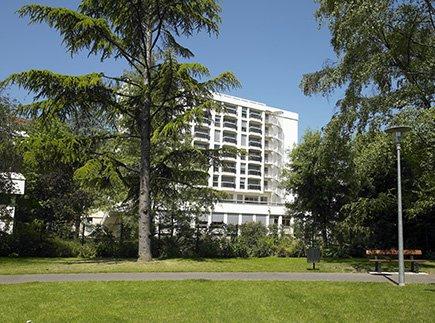 Etablissement d'Hébergement pour Personnes Agées Dépendantes - 73000 - Chambéry - Emera EHPAD Résidence Retraite Agélia