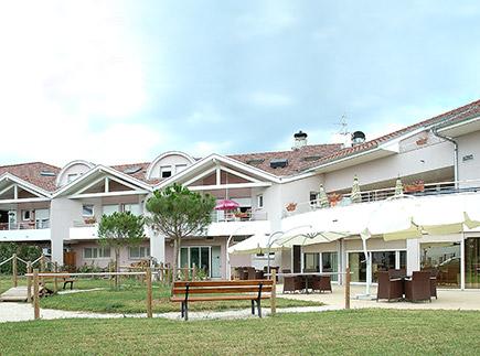 Etablissement d'Hébergement pour Personnes Agées Dépendantes - 74200 - Thonon-les-Bains - EHPAD Résidence du Léman (Réseau Oméris)