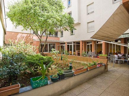Etablissement d'Hébergement pour Personnes Agées Dépendantes - 75018 - Paris 18 - EHPAD Oasis